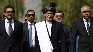 Cérémonie d'investiture pour le nouveau président afghan, Ashraf Ghani (C) à Kaboul, le 29 septembre 2014.