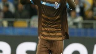 Vincent Aboubakar, avançado camaronês do FC Porto, marcou dois golos frente aos ucranianos do Dínamo Kiev.