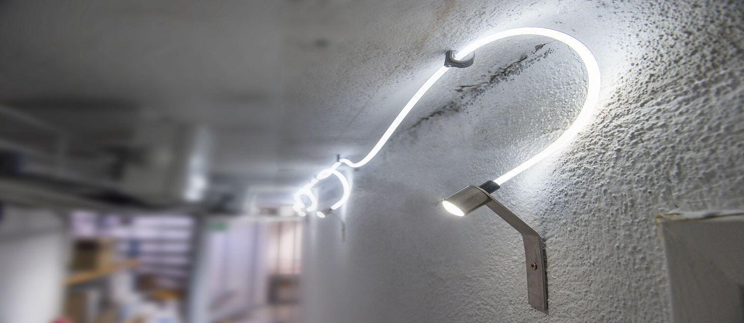 La société Echy a mis au point une technologie qui permet de capter la lumière naturelle du soleil pour la diffuser directement dans les espaces intérieurs