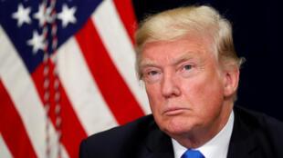 Donald trump aendelea na msimamo wake wa kutishia kuvunja uhusiano kati ya Marekani na Cuba.