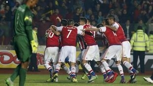 El equipo de Paraguay celebra su clasificación a semifinales, el pasado 27 de junio de 2015 en Concepción, Chile.