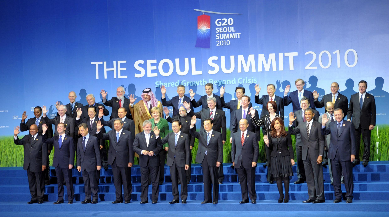 Foto dos chefes de governo presentes na Cúpula do G-20 em Seul