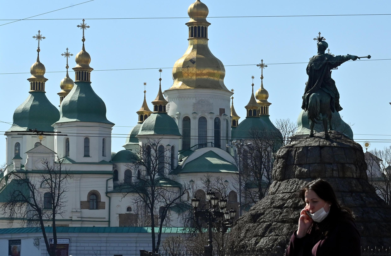 Правительство Украины объявило на заседании 20 мая о смягчении карантинных мер в стране.