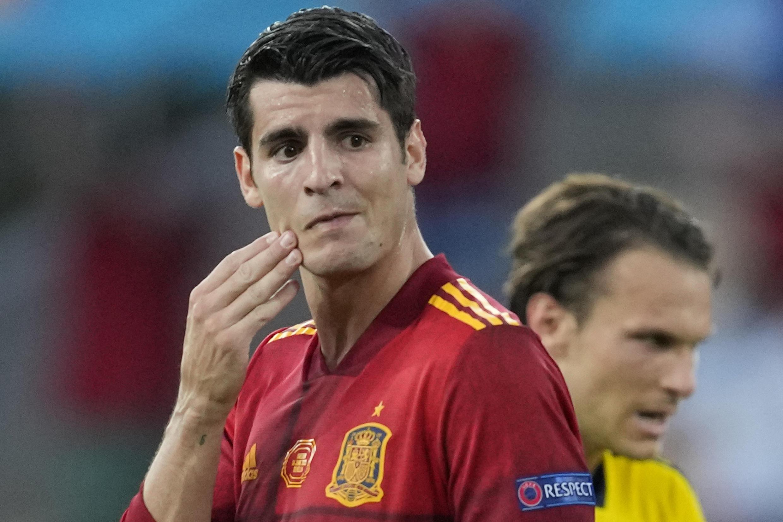 Álvaro Morata, cariacontecido tras fallar una ocasión de gol durante el partido de la Eurocopa disputado entre España y Suecia el 14 de junio de 2021 en la ciudad andaluza de Sevilla