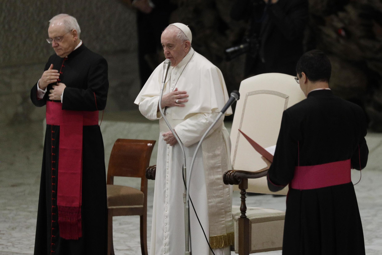 Kiongozi wa kanisa katoliki duniani, Papa Francis.