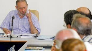 Fidel Castro, au Centre de recherche sur l'économie mondiale de La Havane, le 13 juillet 2010.