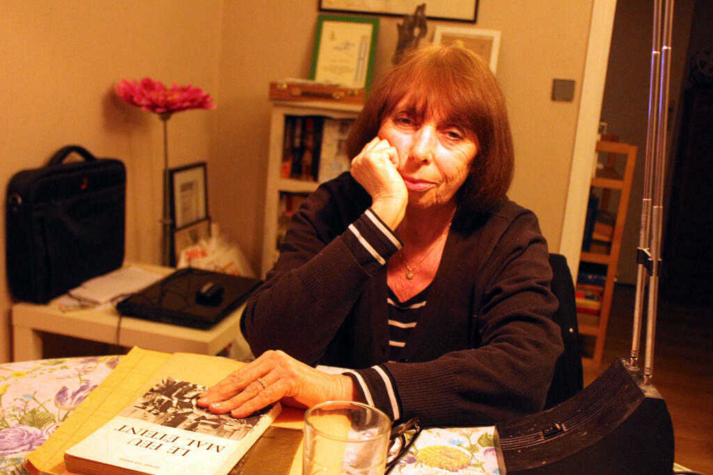Feiga Pearl Horyn, chez elle à Paris en mars 2014.