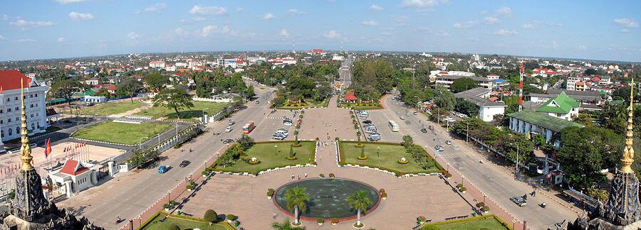 Vue aérienne du nord de Vientiane, la capitale du Laos.