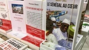 Dans son livre, le Sénégal au cœur qui sort trois mois avant la présidentielle, Macky Sall revient sur 20 ans de vie politique et règle ses comptes avec ses adversaires.