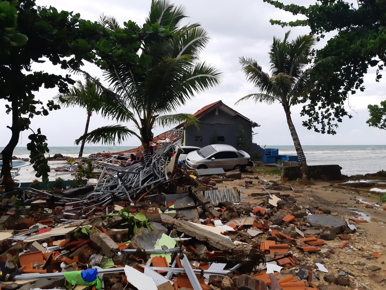 La plage de Carita dans la province Banten en Indonésie a été l'une des plus touchés par le tsunami «volcanique» du 22 décembre.