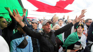 2020-02-14T171242Z_948845988_RC2H0F9G07DO_RTRMADP_3_ALGERIA-PROTESTS-ANNIVERSARY