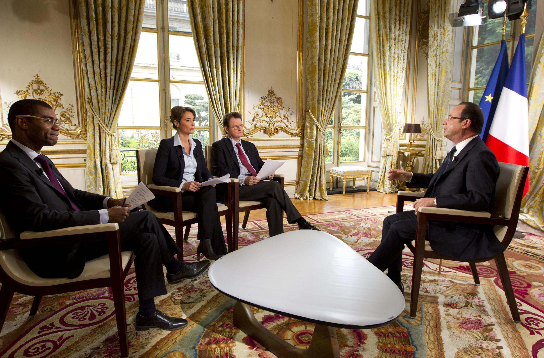 Tổng thống Pháp François Hollande trả lời phỏng vấn các đài  RFI, France 24 và TV 5 Monde, ngày 31/05/2013