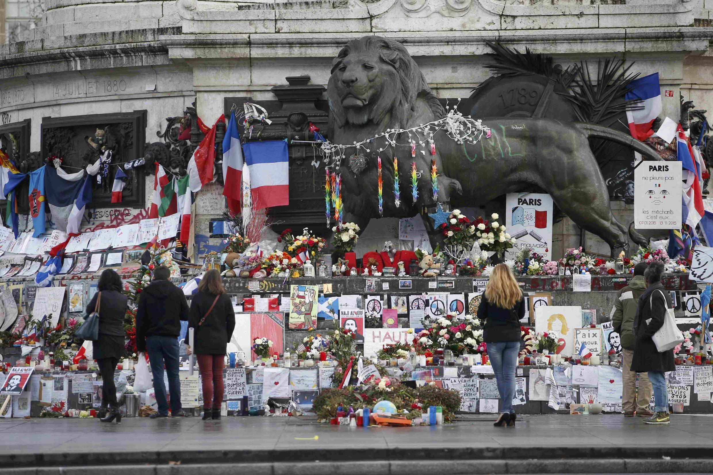 Два месяца спустя парижских терактов 13 ноября все больше жертв и очевидцев понимают, что им нужна помощь психолога.