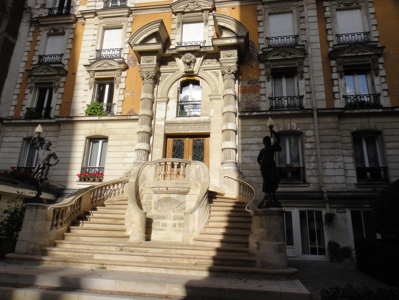 L'entrée du « château ».
