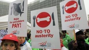 Manifestación en Bruselas contra las políticas de austeridad, este 29 de febrero de 2012.