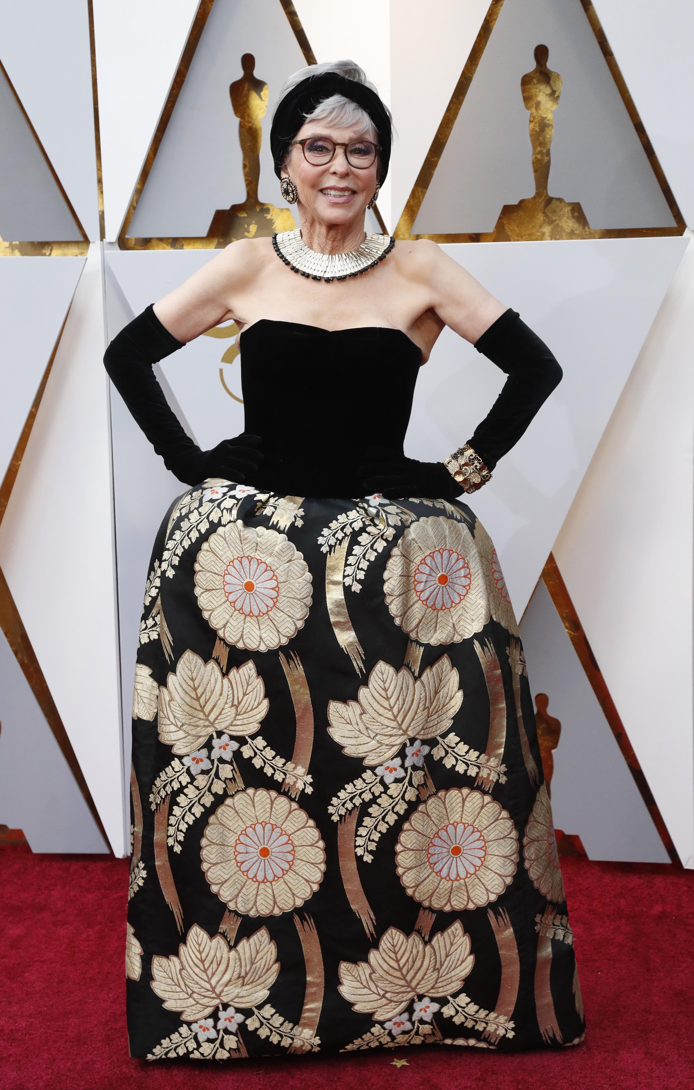Актриса Рита Морено в платье, в котором она получала свой «Оскар» в 1962 г. за «Вестсайдскую историю»