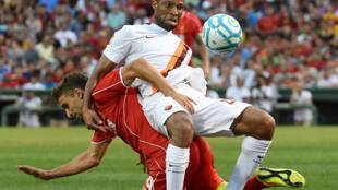 Seydou Keita avec le maillot de l'AS Rome durant un match amical aux Etats-Unis contre Liverpool, le 23 juillet 2014.