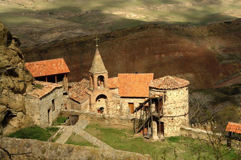 Давид-Гареджа: пещерные монастыри с грузинской стороны границы