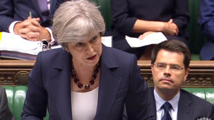 Thủ tướng Anh Theresa May phát biểu trước Quốc Hội, Luân Đôn, ngày 28/06/2017. (Ảnh chụp màn hình)