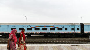 Le Lifeline express a été le premier train-hôpital en circulation dans le monde. Il a été lancé il y a 27 ans, et il a depuis soigné plus d'1 200 000 personnes dans les quatre coins de l'Inde.