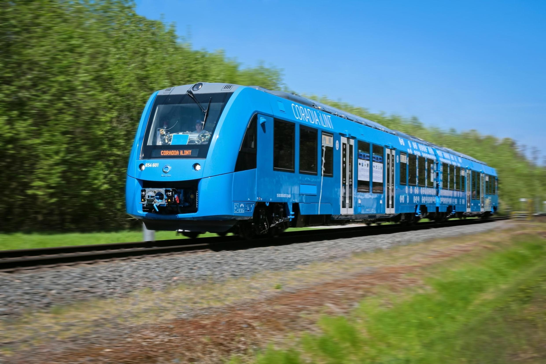 El Coradia iLint es el primer tren a hidrógeno del mundo