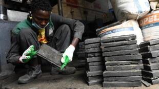 Kenya - Gjenge Makers - Recyclage - Plastique - Matériaux de construction - 000_93822P
