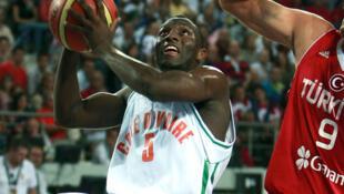 Le basketteur ivoirien Souleymane Diabaté