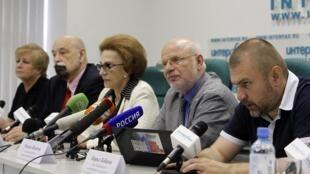 Le Conseil russe pour les droits de l'homme pendant la conférence de presse donnée pour la publication d'un rapport sur la mort en prison du juriste Sergueï Magnitski. A Moscou, le 7 juillet 2011.