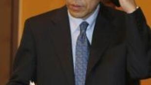 Ông Nakabayashi, chủ tịch tập đoàn Toyota vội vã bay đến Séoul họp báo hôm nay 6/4/2010.