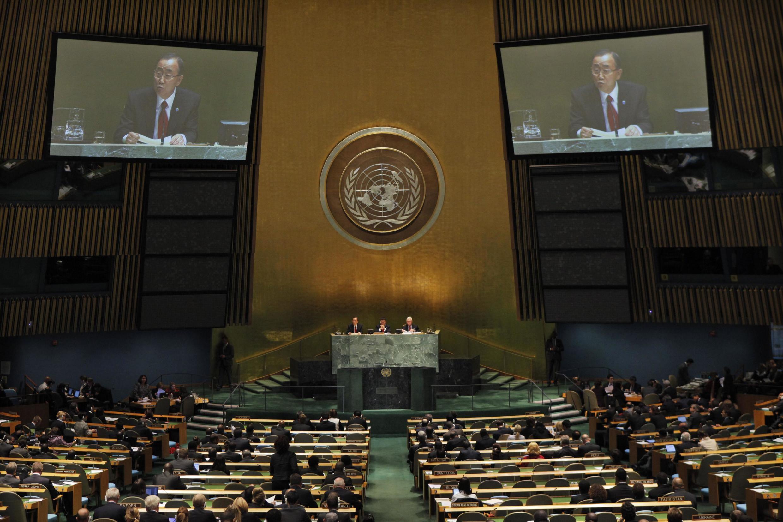 លោកអគ្គលេខាធិការ Ban Ki-Moon នៅថ្ងៃទី២៤កញ្ញាឆ្នាំ២០១២នៅមហាសន្និបាតនៃអ.ស.ប.