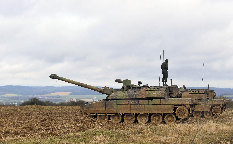 Французский танк Leclerc в Тьервиль-сюр--Мёз