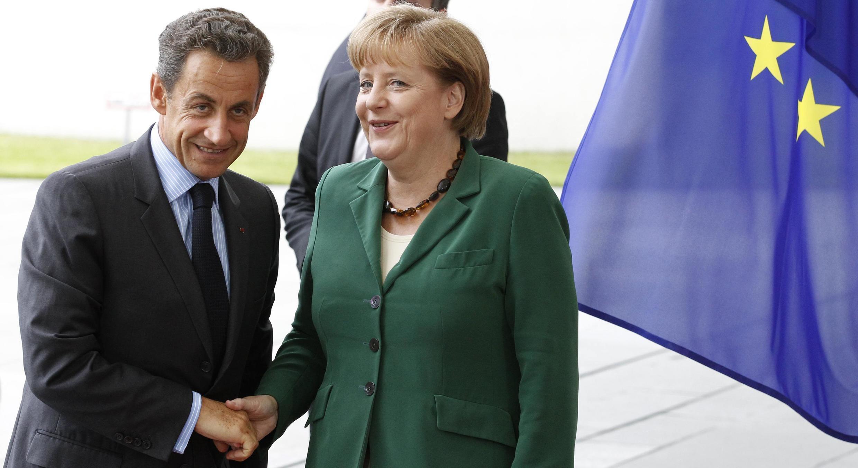 Shgaban faransa Nicolas Sarkozy tare da Waziyar Jamus Angela Merkel