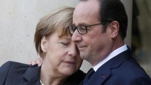 La chancelière allemande Angela Merkel et François Hollande, le 11 janvier 2015 à l'Elysée.