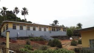 L'hôpital de Macenta, en Guinée, où des patients touchés par le virus Ebola sont mis à l'isolement.