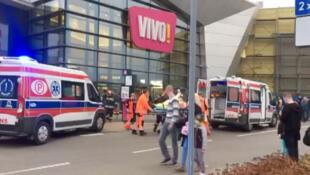 波蘭斯塔洛瓦-沃拉市購物中心砍人案2017年10月20日