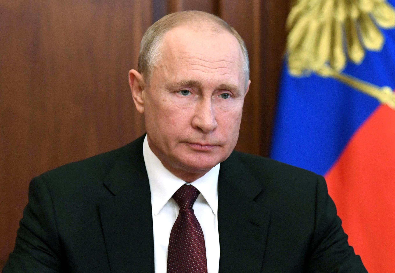 2020-06-23T153716Z_1889883054_RC23FH9SIWF3_RTRMADP_3_RUSSIA-PUTIN-TAXATION