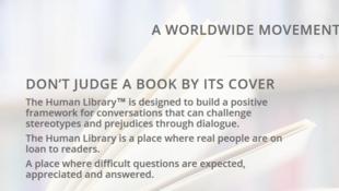 Le concept de la Human Library: durant une demi-heure, un «livre humain» raconte son histoire à un groupe d'une dizaine de personnes.