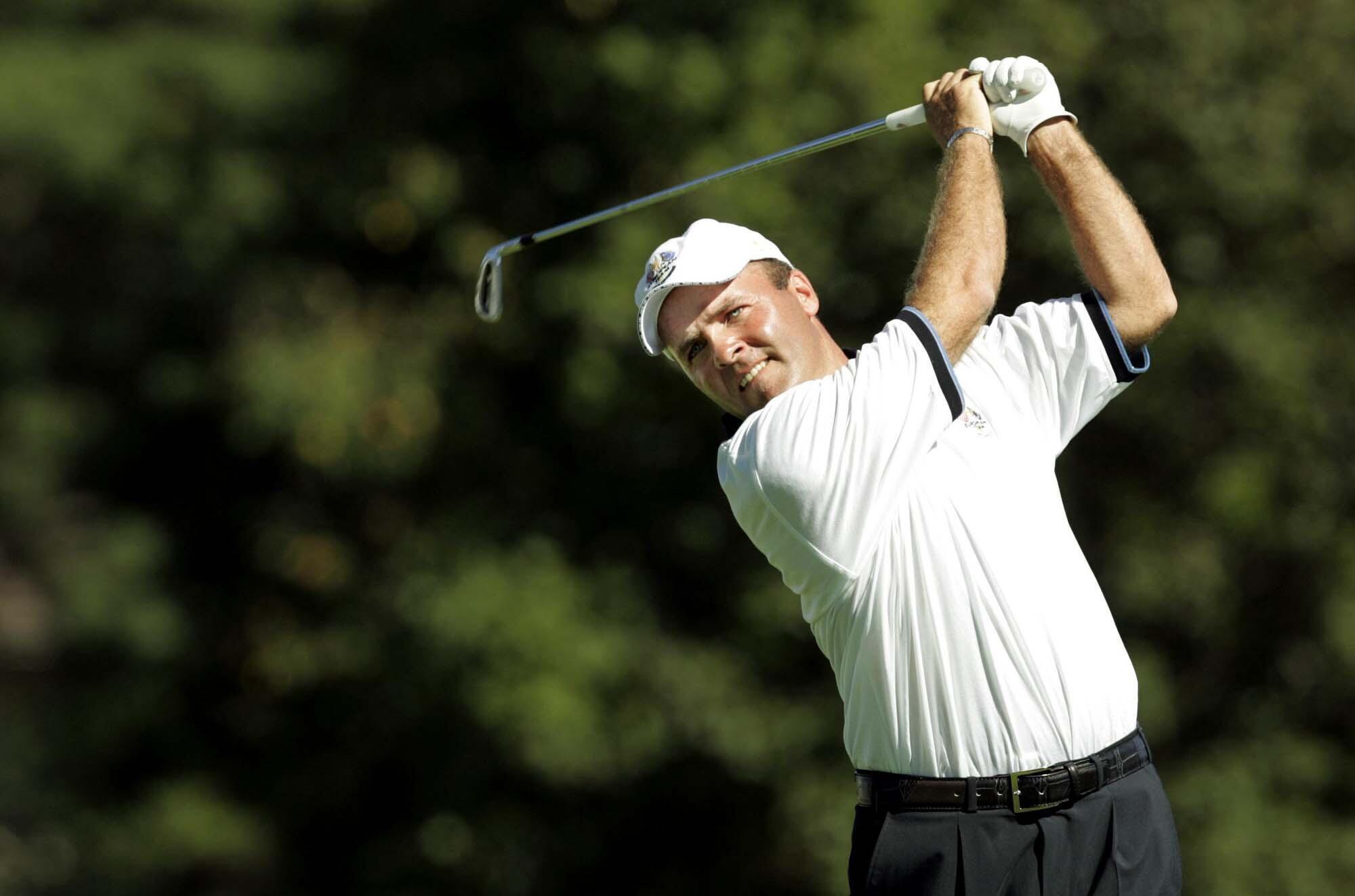 Thomas Levet, seul vainqueur français de la Ryder Cup, au départ, le 18 septembre 2004 au Oakland Hills Country Club, à Bloomfield Township, dans le Michigan.