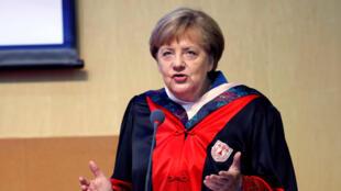 Angela Merkel était à l'académie de sciences à Pékin, ce dimanche 12 juin avant de se rendre à Nanjing.