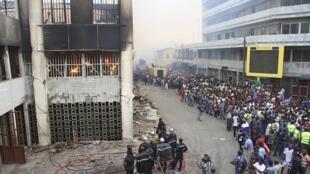 Le 12 janvier 2013, un incendie a ravagé le grand marché de Lomé.
