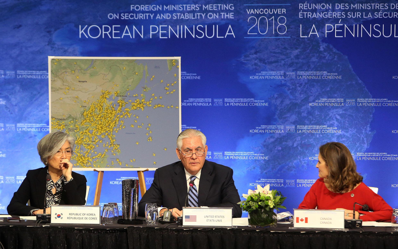 Rex Tillerson,em  Vancouver durante reunião  com aliados dos Estados Unidos sobre Coreia do Norte .16.01.2018