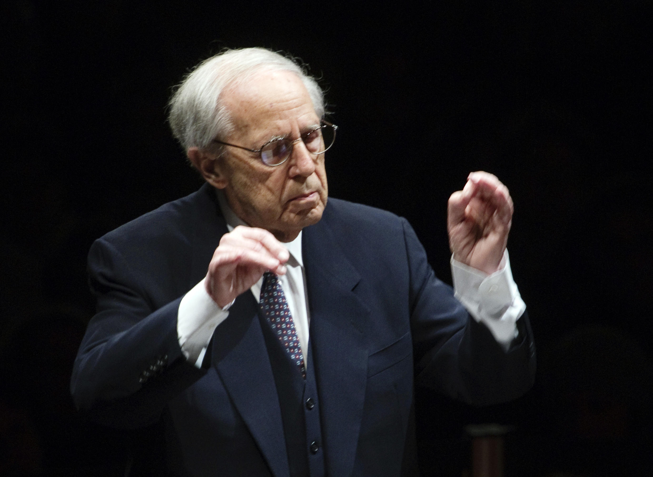 Pierre Boulez conducting at the Pyramide du Louvre on 21 December 2011