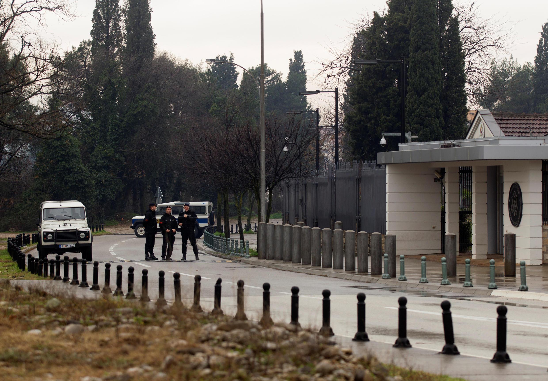 Após tentativa de ataque, embaixada americana em Podgorica (Montenegro) ficará fechada.