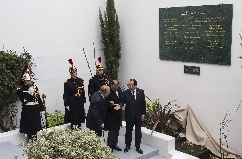 Франсуа Олланд на открытии мемориальной доски солдатам-мусульманам в Большой Мечети Парижа 18/02/2014