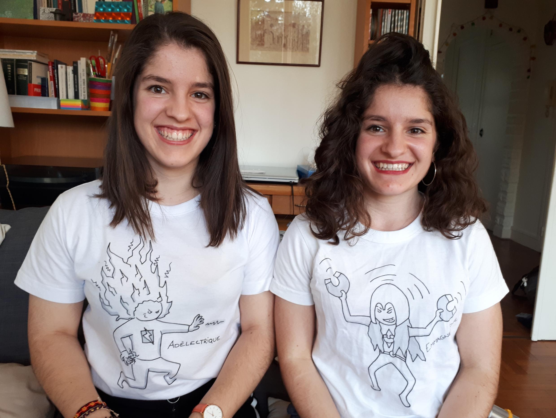 Adèle et Emma, étudiantes et jumelles !