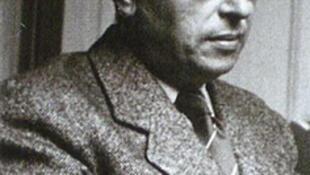 薩特,1964年