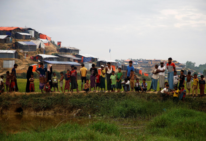 Người tị nạn Rohingya Miến Điện tại khu lều tạm Palong Khali, gần Cox' Bazar, Bangladesh, ngày 16/11/2017.