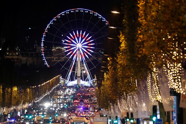Hơn 1850 nhân viên an ninh được huy dộng để bảo đảm an ninh trên đại lộ Champs-Elysées, Paris, Pháp, ngày 31/12/2017