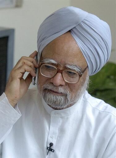 លោក ម៉ានម៉ូហាន ស៊ីង(Manmohan Singh) នាយករដ្ឋមន្រ្តីឥណ្ឌា