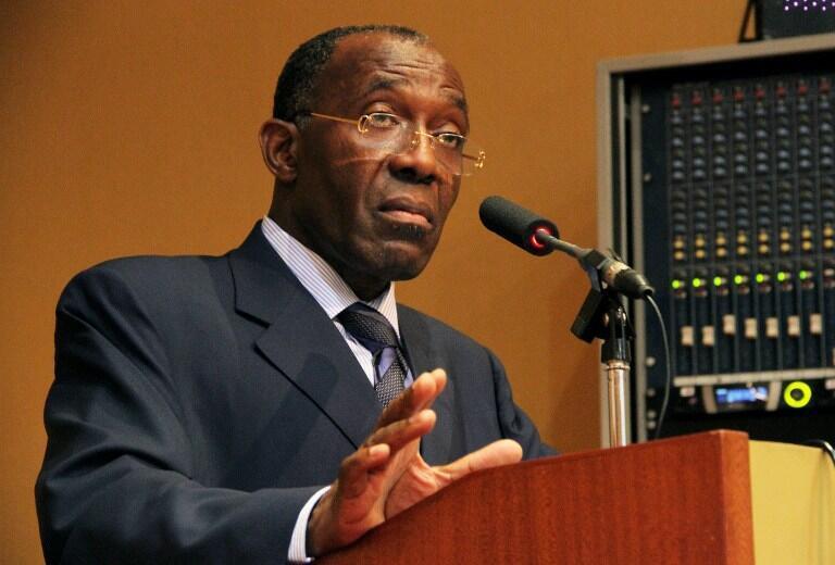 Le ministre congolais des Affaires étrangères Raymond Tshibanda, à Kampala, le 11 décembre 2012.